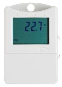 Datalogging thermometer with display