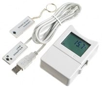 {Datalogging thermometer with display}