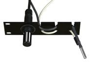 Universal probe holder for easy mounting to rack 19""